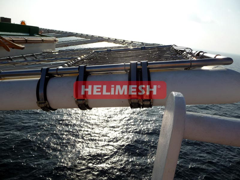 Amazing-action-Helimesh-photo