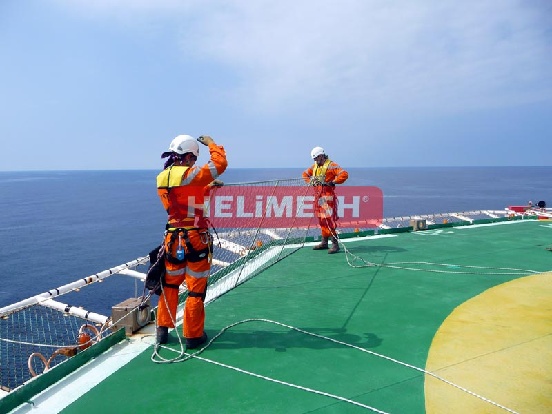 Helimesh-being-installed-by-maintenance-crew